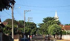 Iepê - Iepê-SP-Rua da cidade-Foto:Sergio Murback