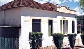 Igaçaba - Igaçaba-SP-Casa característica de 1925-Foto:Rubens Almeida