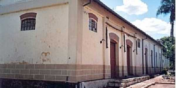 Igaçaba-SP-Lateral da antiga Estação Ferroviária-Foto:Rubens Almeida