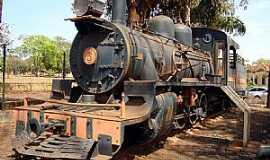 Igarapava - Igarapava-SP-Antiga Locomotiva-Usina Junqueira-Foto:EUS