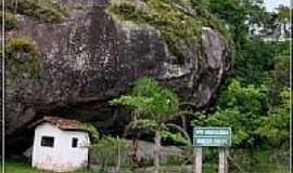 Iguape - Gruta em Iguape-Foto:F�bio Barros