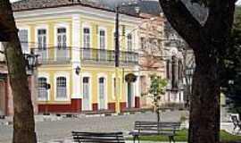 Iguape - Praça e prédios históricos em Iguape-Foto:Adriano Martins - Be…