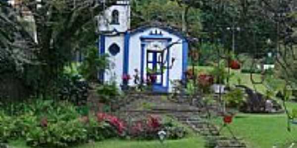 Capela do Pouso dos Correa em Ilhabela-SP-Foto:PatyPeceguiniViana