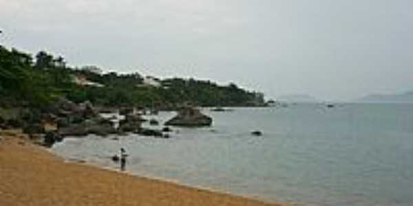 Praia Grande em Ilhabela-SP-Foto:PatyPeceguiniViana
