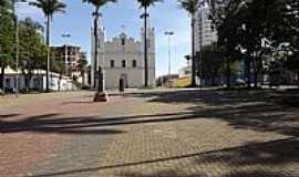 Indaiatuba - Indaiatuba-SP-Praça e Matriz da Candelária-Foto:Elmar Santos