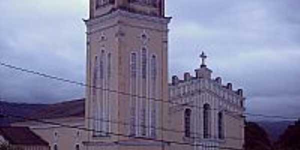 Matriz da Par�quia Senhor Bom Jesus em Pindoba�u-BA-Foto:Antonio Macedo Rocha