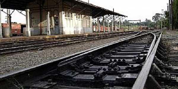 Iperó-SP-Estação Ferroviária-Foto:Adriano Martins