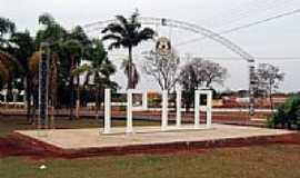 Ipuã - Entrada da cidade-Foto:Dr. Luiz Alfredo