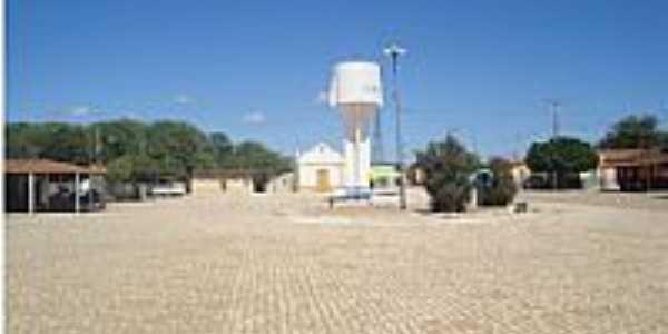 Pinhões-BA-Caixa D´Água e Igreja na Praça central-Foto:parlim.blogspot.com.br