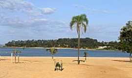 Itaí - Praia no município de Itaí na represa
