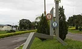Itajobi - Itajobi-SP-Monumento Rotary Club na entrada da cidade-Foto:Mauro Luiz Benedito da Costa