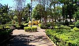 Itaju - Praça Dr.Norberto Oréfice-Foto:© Savio Gomes, Itaju…