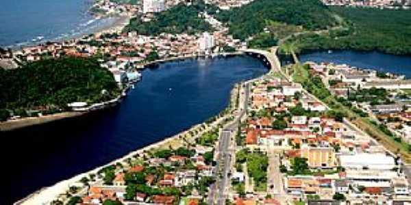 Itanhaém-SP-Ponte sobre o Rio Itanhaém-Foto:itanhaem.sp.gov.br