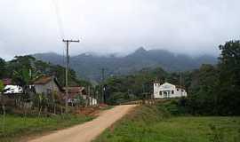 Itaóca - Itaóca-SP-Entrada da Comunidade Guarda Mão-Foto:vidal.mota