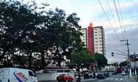 Itapevi - Avenida central em Itapevi-SP-Foto:Mauro Luiz Benedito …