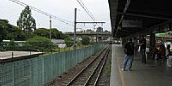 Plataforma da Estação Ferroviária de  Itapevi-SP-Foto:adilson.ball