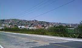 Itapira - Itapira-SP-Viaduto Tiradentes e ao fundo Vila Ilzi-Foto:J Oliveira