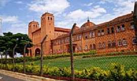 Itaporanga - Igreja Matriz de Itaporanga-Foto:Felipe Katsumata