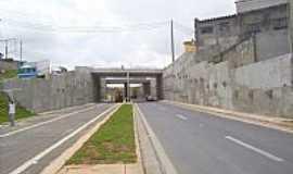 Itaquaquecetuba - Viaduto na Rodovia Gov.Mário Covas em Itaquaquecetetuba-Foto:Kacinskas