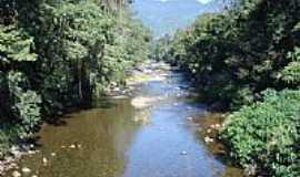 Itariri - Foto tirada sobre ponte pênsil