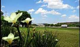 Itatiba - Parque e vista da Rodovia em Itatiba-SP-Foto:AntonioJVidaL