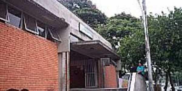 Jandira-SP-Entrada da Estação Ferroviária-Foto:wikipedia.org