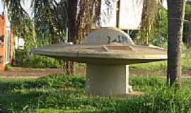 Jardinópolis - Disco voador por Suzi