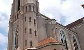 Ja� - Igreja Matriz Foto: Gilberto Pagliarini/ Panor�mio