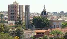 Ja� - Vista da Igreja de S�o Sebasti�o Foto: jorge luiz saggioro/ Panor�mio