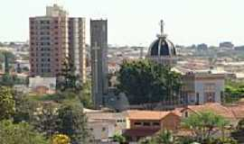 Jaú - Vista da Igreja de São Sebastião Foto: jorge luiz saggioro/ Panorâmio