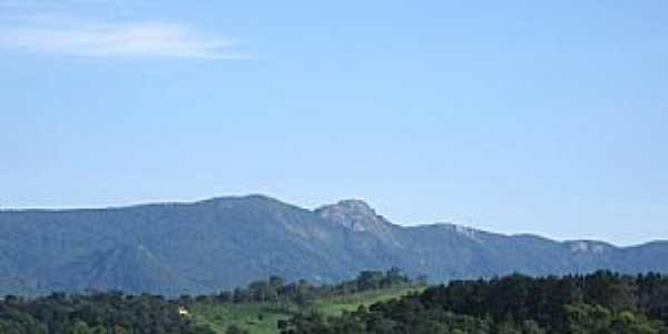 Joanópolis-SP-Pico do Lopo-Foto:guiadoviajante.com