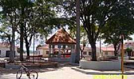 Jumirim - Praça no centro  foto por LuziACruzFrata