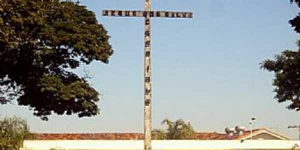 Junqueirópolis-SP-Cruzeiro na Praça da Matriz de Santo Antônio-Foto:Fabio Vasconcelos