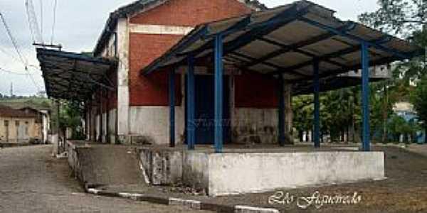Juquiá-SP-Antiga Estação Ferroviária-Foto:Leonardo Figueiredo