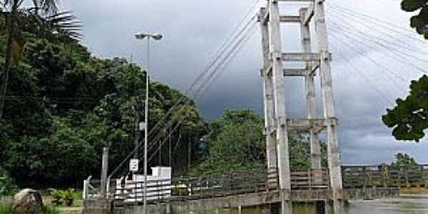 Juqui�-SP-Torre da Ponte sobre o Rio Juqui�-Foto:Luiz Pedro