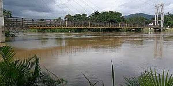 Juquiá-SP-Vista da Ponte sobre o Rio Juquiá-Foto:Luiz Pedro
