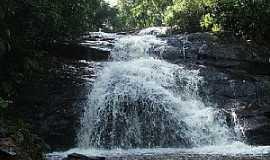 Juquitiba - Juquitiba-SP-Cachoeira do Engano-Foto:Debora Cordeiro