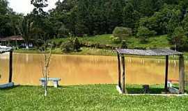 Juquitiba - Juquitiba-SP-Pesqueiro Vale do Peixe-Foto:juquitiba.tur.br