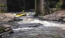 Juquitiba - Juquitiba-SP-Rafting-Foto:Debora Cordeiro