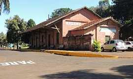 Jurucê - Jurucê-SP-Antiga Estação Ferroviária no Distrito-Foto:Humberto Favaro
