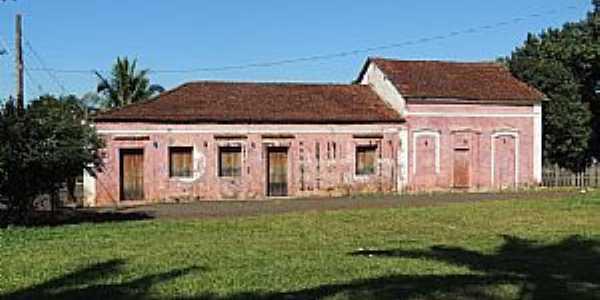 Jurucê-SP-Casarão antigo no Distrito-Foto:Humberto Favaro