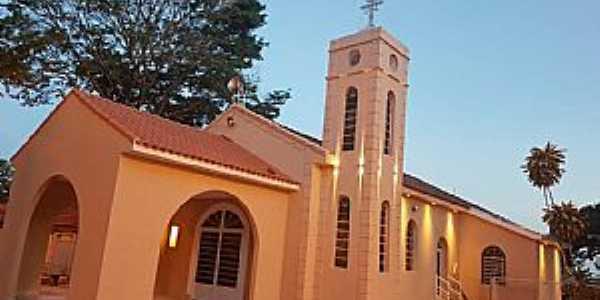 localidade de Lácio Distrito de Marília - SP - Igreja de Santa Luzia de Lácio