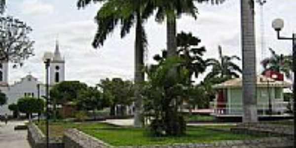 Praça Getúlio Vargas em Piritiba-BA-Foto:bacanafest