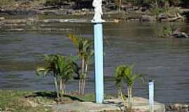 Lavrinhas - Lavrinhas-SP-Imagem de N.Sra.Auxiliadora na beira do Rio Paraíba do Sul-Foto:GuilhermeCN