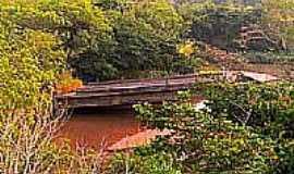 Lucianópolis - Antiga Ponte no Rio das Antas-Foto:Luciano Rizzieri