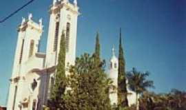 Lutécia - Igreja em Lutécia