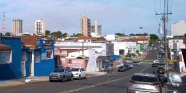 Vista do centro pela R. Rui Barbosa, Por Jeziel Gomes