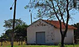 Mendonça - Mendonça-SP-Capelinha em área rural-Foto:gustavo_asciutti