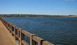 Mendonça - Mendonça-SP-Ponte sobre o Rio Barra Mansa-Foto:gustavo_asciutti