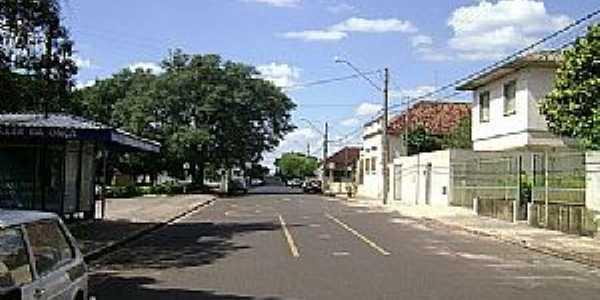 Mineiros do Tietê-SP-Rua da cidade-Foto:Gerson Luciano